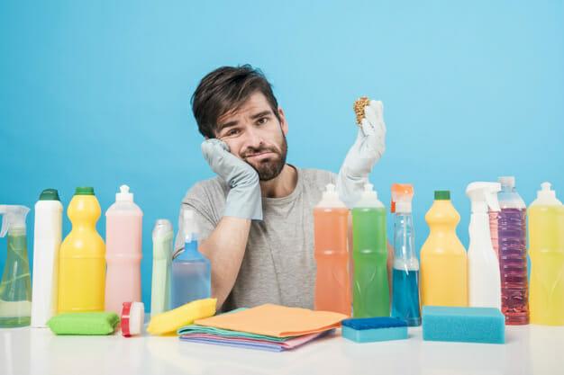 Cómo mantener limpios los baños portátiles
